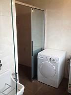 koupelna a WC, Květnice